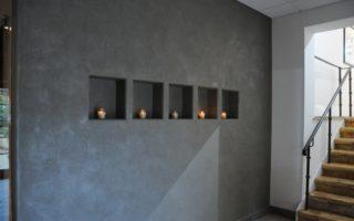 Evlerde brüt beton sıva